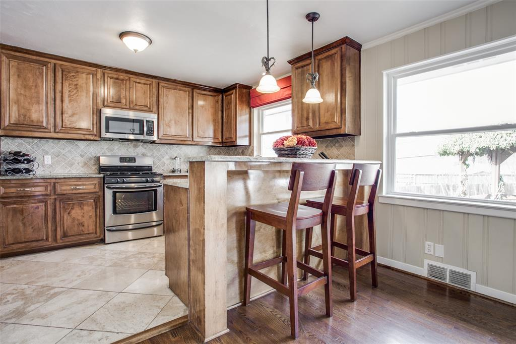 10005 Lakedale Drive, Dallas, Texas 75218 - acquisto real estate best listing agent in the nation shana acquisto estate realtor