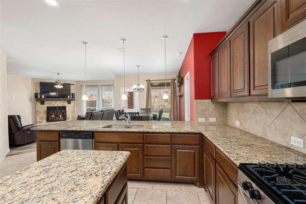 9145 Bronze Meadow  Drive, Fort Worth, Texas 76131 - acquisto real estate best allen realtor kim miller hunters creek expert