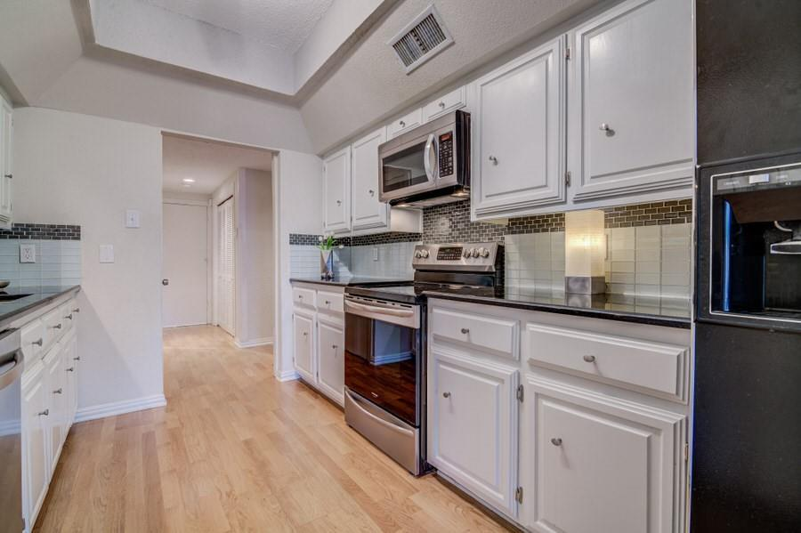 6826 Northwest  Highway, Dallas, Texas 75231 - acquisto real estate best luxury buyers agent in texas shana acquisto inheritance realtor