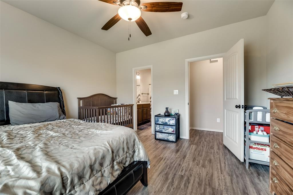 1016 Skyview  Court, Midlothian, Texas 76065 - acquisto real estate best realtor dallas texas linda miller agent for cultural buyers