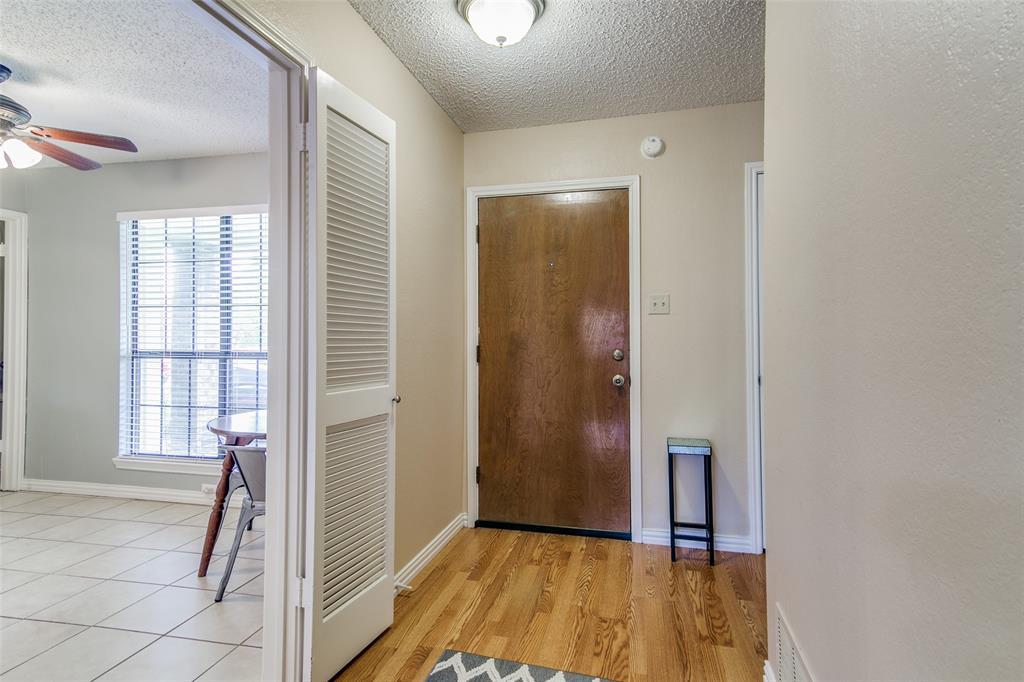 3205 Meadowood  Drive, Garland, Texas 75040 - acquisto real estate best allen realtor kim miller hunters creek expert