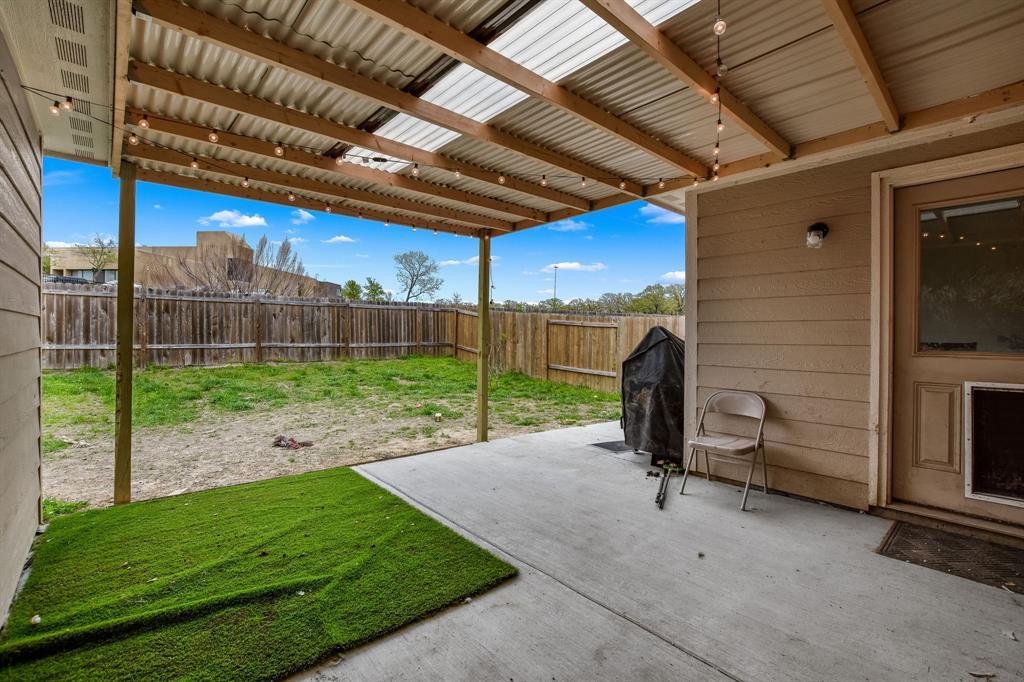 14261 Bridgeview  Lane, Dallas, Texas 75253 - acquisto real estate best frisco real estate agent amy gasperini panther creek realtor