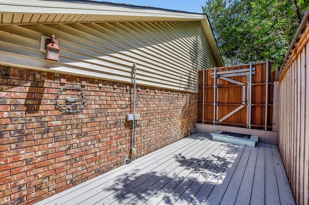2820 Prescott  Drive, Carrollton, Texas 75006 - acquisto real estate best looking realtor in america shana acquisto