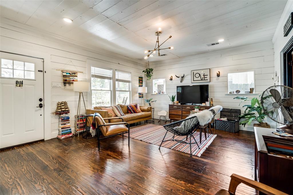606 Pearl Street, Denton, Texas 76201 - acquisto real estate best relocation company in america katy mcgillen