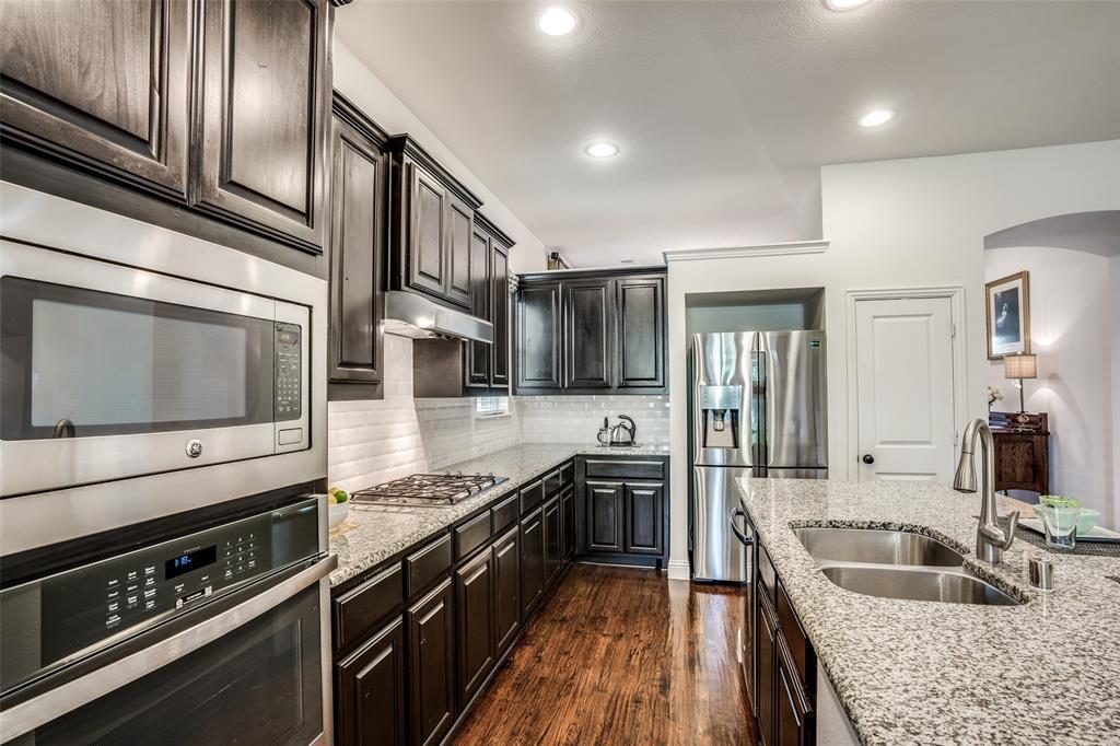 5404 Grove Cove  Drive, McKinney, Texas 75071 - acquisto real estate best listing listing agent in texas shana acquisto rich person realtor