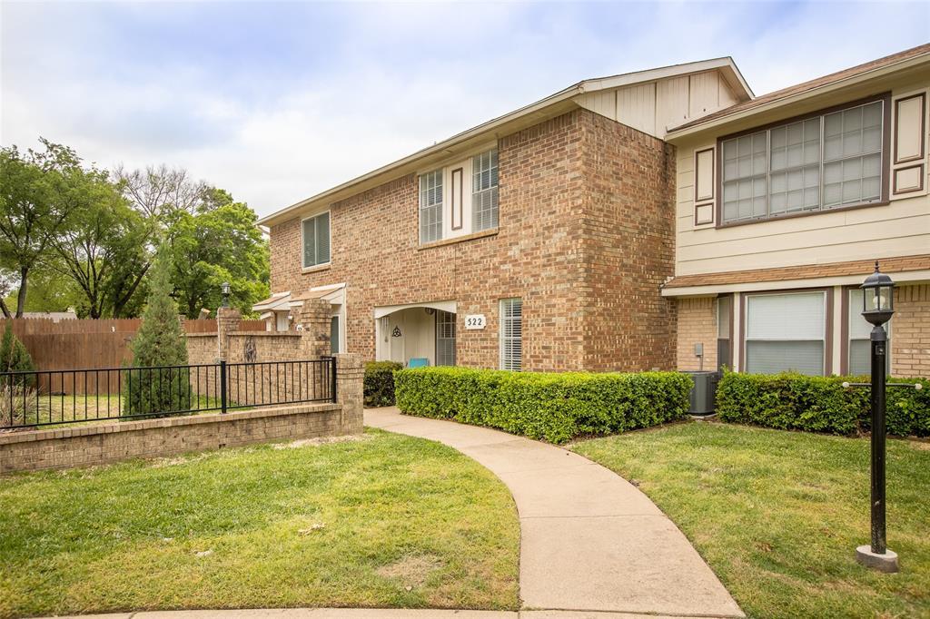 522 Pecan Acres  Court, Arlington, Texas 76013 - Acquisto Real Estate best plano realtor mike Shepherd home owners association expert