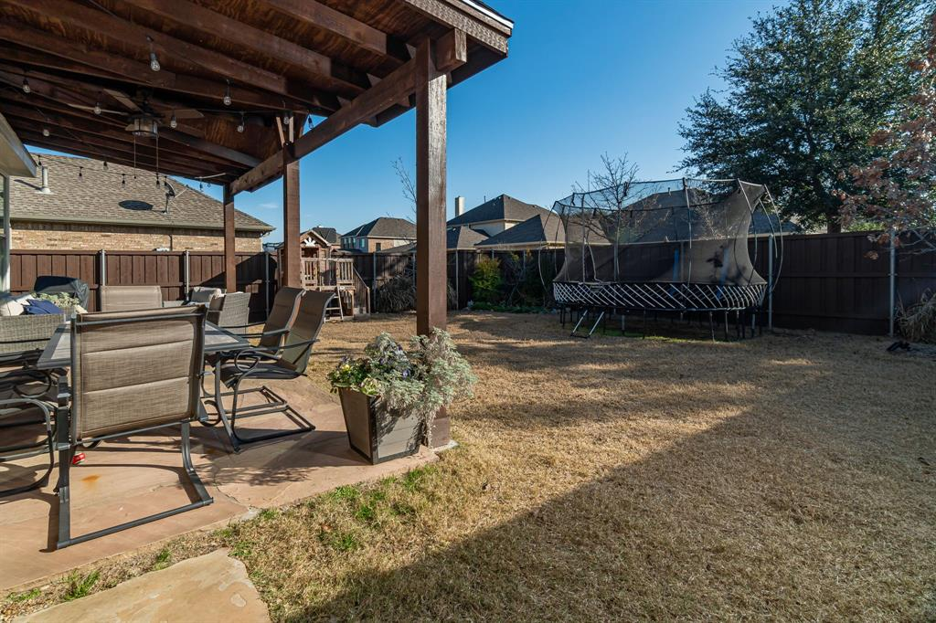 1808 Sundown  Lane, Allen, Texas 75002 - acquisto real estate best plano real estate agent mike shepherd