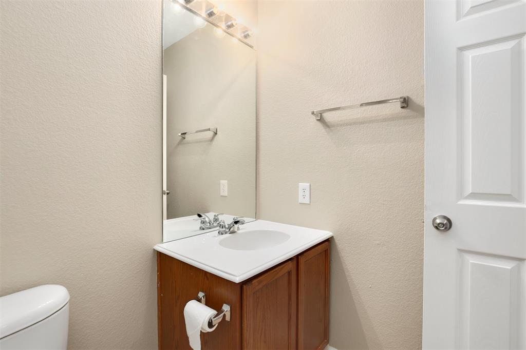 2214 Glacier Park  Lane, Grand Prairie, Texas 75050 - acquisto real estate best photo company frisco 3d listings