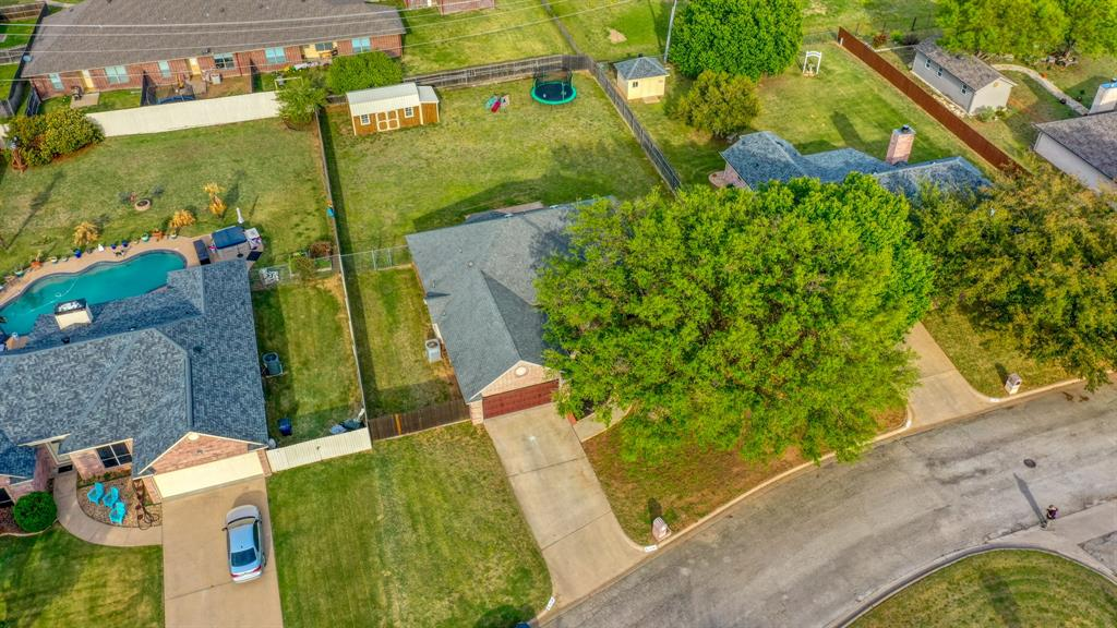 1029 Calinco  Drive, Granbury, Texas 76048 - acquisto real estate best park cities realtor kim miller best staging agent