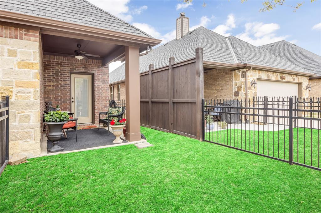 5221 Sutton  Circle, McKinney, Texas 75070 - acquisto real estate best realtor westlake susan cancemi kind realtor of the year