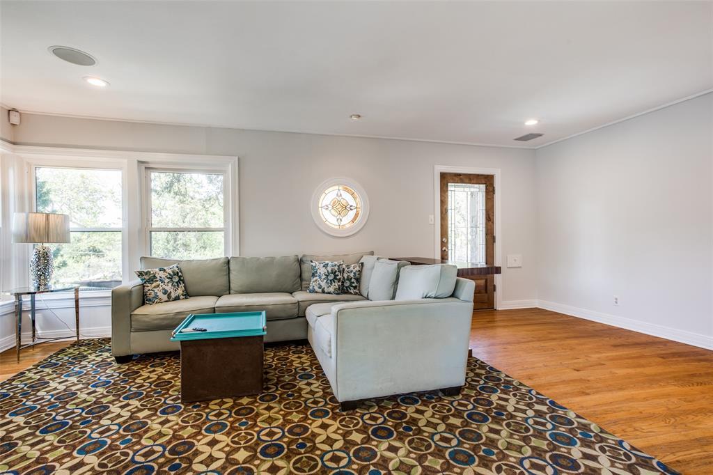2862 Duval Drive, Dallas, Texas 75211 - acquisto real estate best luxury buyers agent in texas shana acquisto inheritance realtor