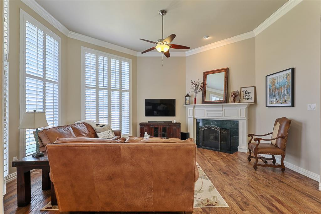 3828 Peppertree  Drive, Carrollton, Texas 75007 - acquisto real estate best listing listing agent in texas shana acquisto rich person realtor