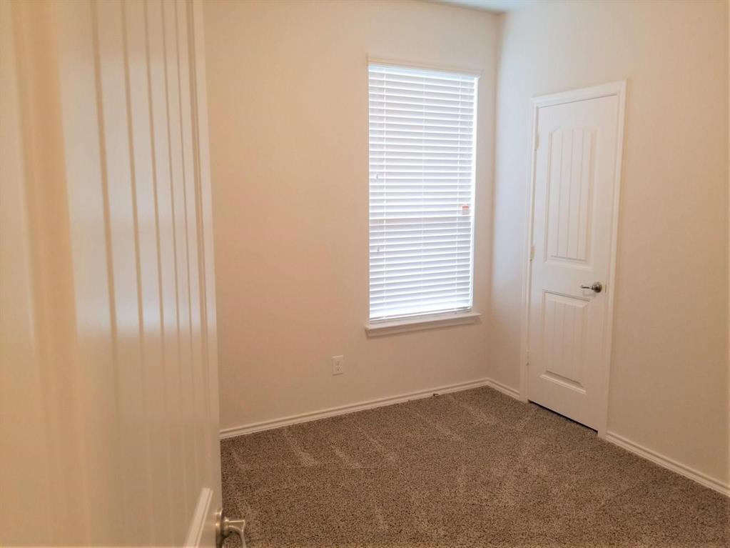 9256 Flying Eagle Lane, Fort Worth, Texas 76131 - acquisto real estate best designer and realtor hannah ewing kind realtor