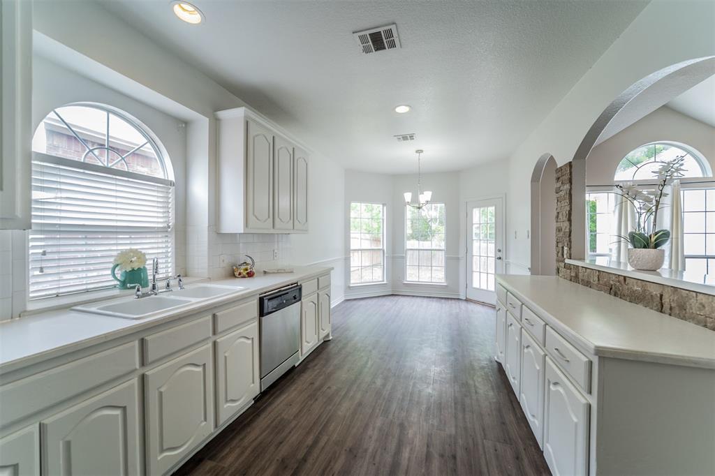 5958 Portridge  Drive, Fort Worth, Texas 76135 - acquisto real estate best celina realtor logan lawrence best dressed realtor