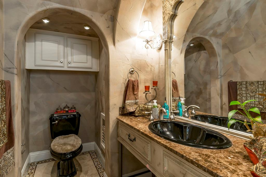 1403 Exeter  Court, Southlake, Texas 76092 - acquisto real estate best realtor dallas texas linda miller agent for cultural buyers