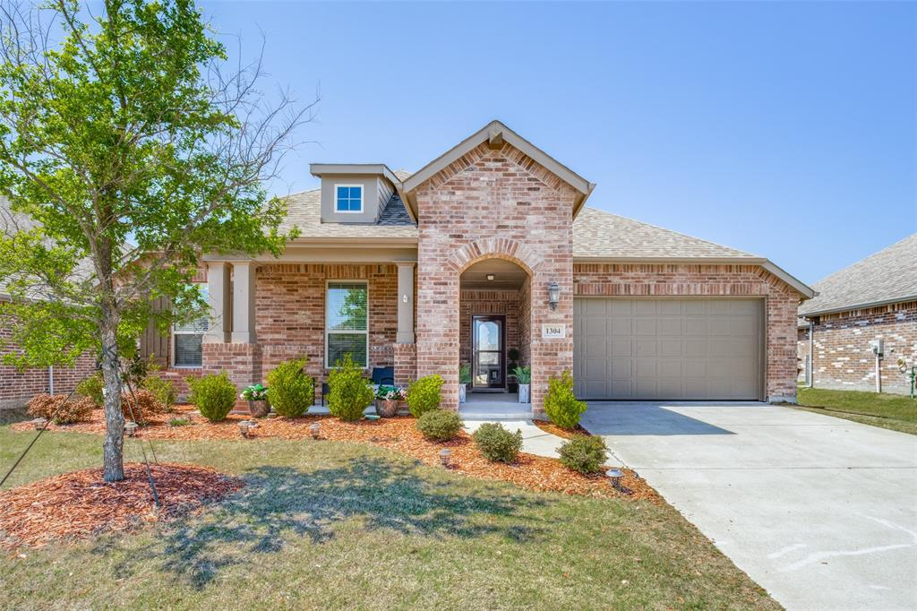 1304 Lawnview Drive, Forney, Texas 75126 - Acquisto Real Estate best plano realtor mike Shepherd home owners association expert