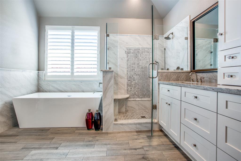 3933 Frio Way, Frisco, Texas 75034 - acquisto real estate best realtor foreclosure real estate mike shepeherd walnut grove realtor