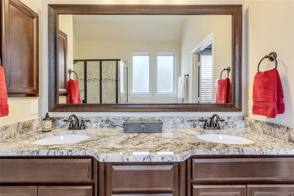 5221 Sutton  Circle, McKinney, Texas 75070 - acquisto real estate best new home sales realtor linda miller executor real estate