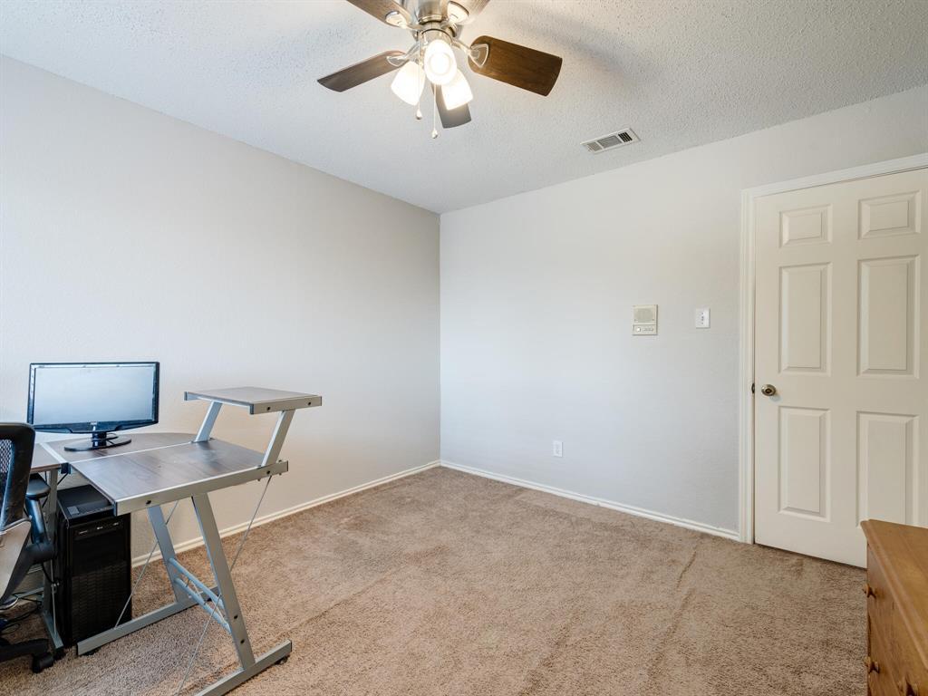 912 Azalia  Drive, Lewisville, Texas 75067 - acquisto real estate best listing photos hannah ewing mckinney real estate expert