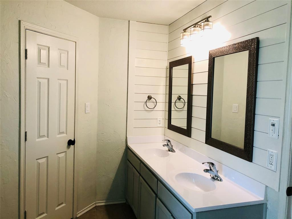 1708 Brittany  Lane, Mansfield, Texas 76063 - acquisto real estate best realtor westlake susan cancemi kind realtor of the year