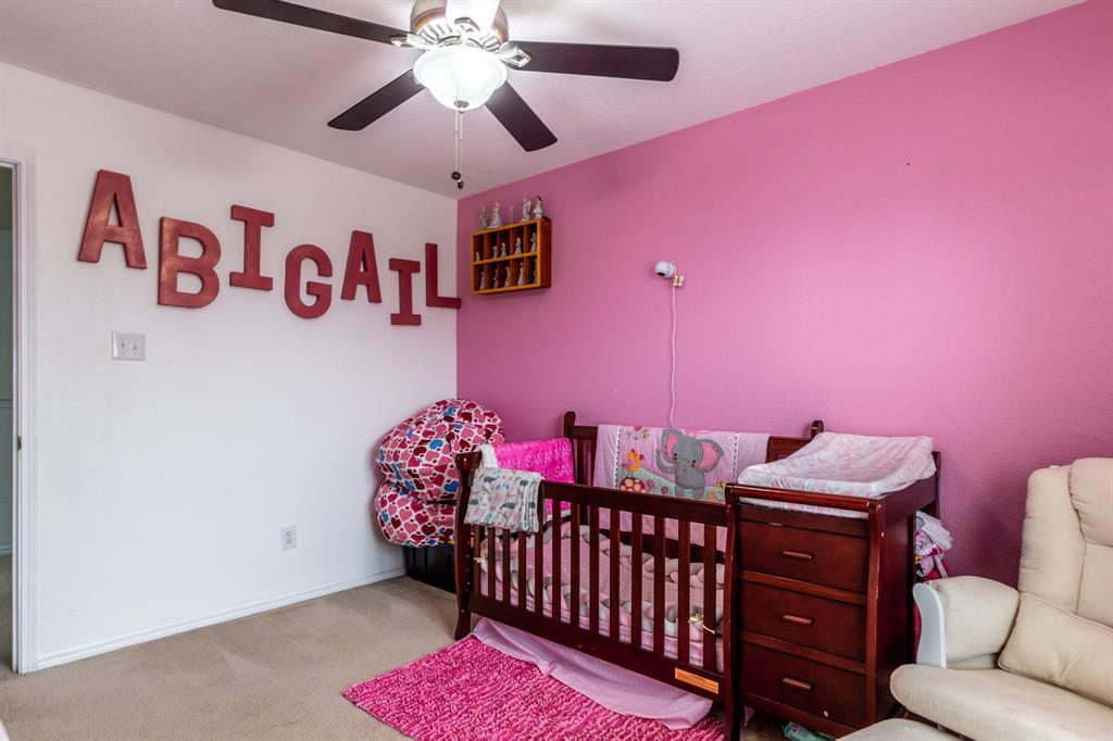 1824 Vineridge  Lane, Burleson, Texas 76028 - acquisto real estate best new home sales realtor linda miller executor real estate