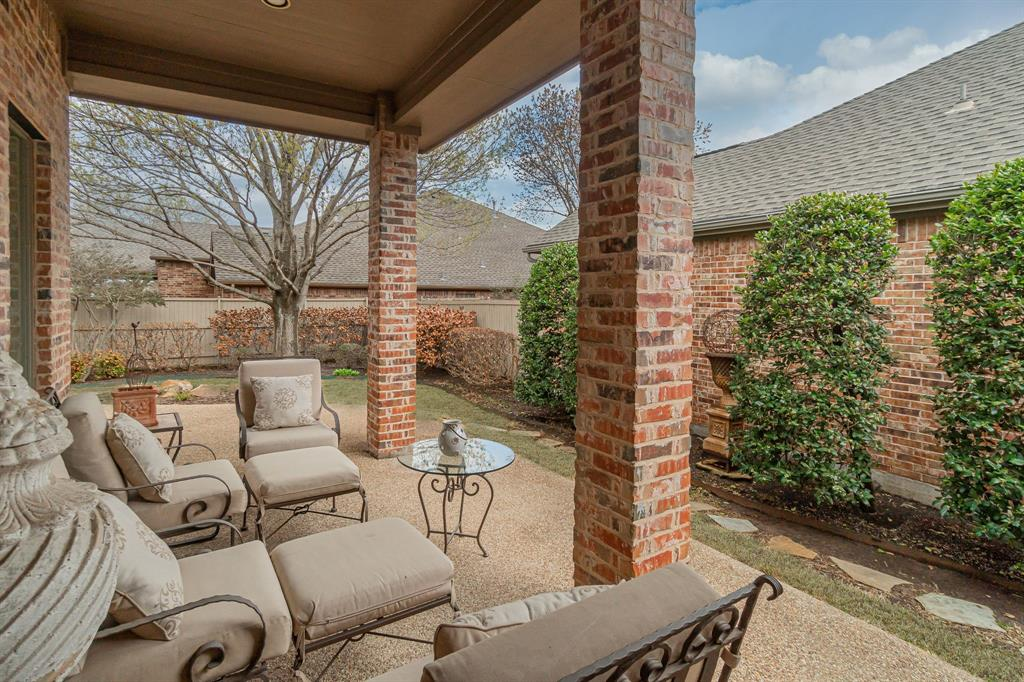 6604 Oak Hollow Lane, McKinney, Texas 75072 - acquisto real estate best frisco real estate agent amy gasperini panther creek realtor