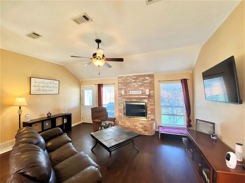 3351 Ashley Circle, Denton, Texas 76207 - acquisto real estate best allen realtor kim miller hunters creek expert