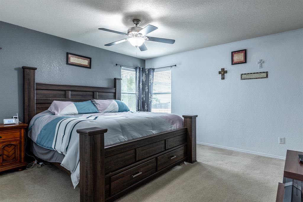 1824 Vineridge  Lane, Burleson, Texas 76028 - acquisto real estate best realtor dallas texas linda miller agent for cultural buyers