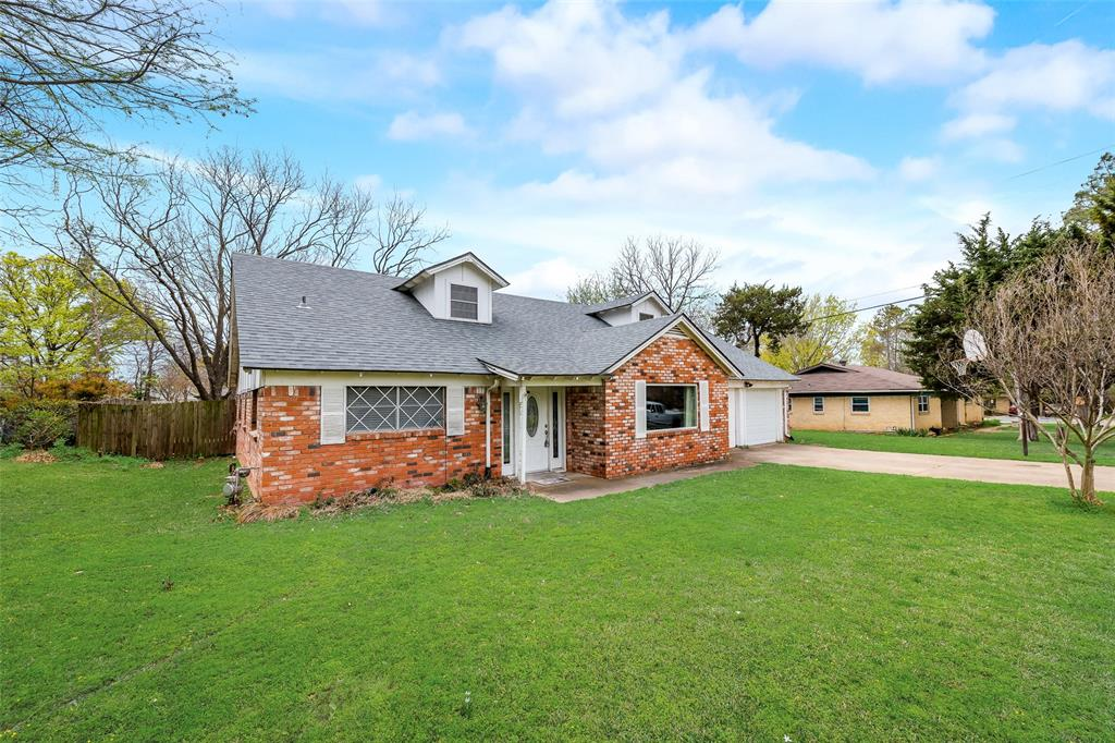 857 Woodcrest  Drive, Hurst, Texas 76053 - Acquisto Real Estate best plano realtor mike Shepherd home owners association expert