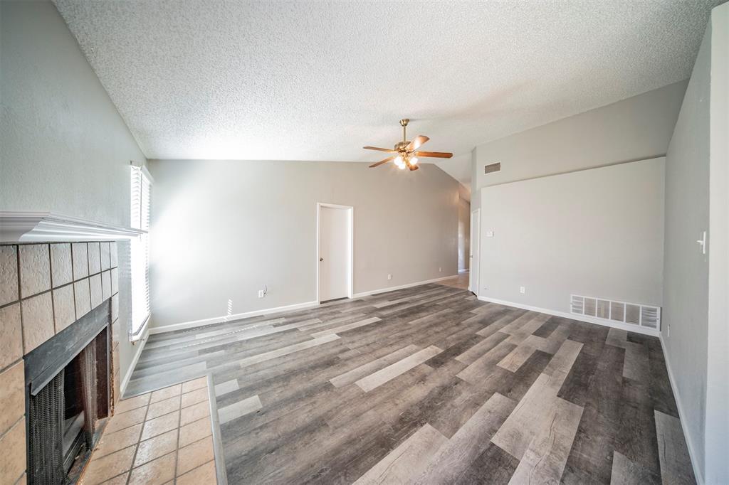 6230 Fernwood  Drive, Arlington, Texas 76001 - acquisto real estate best listing listing agent in texas shana acquisto rich person realtor