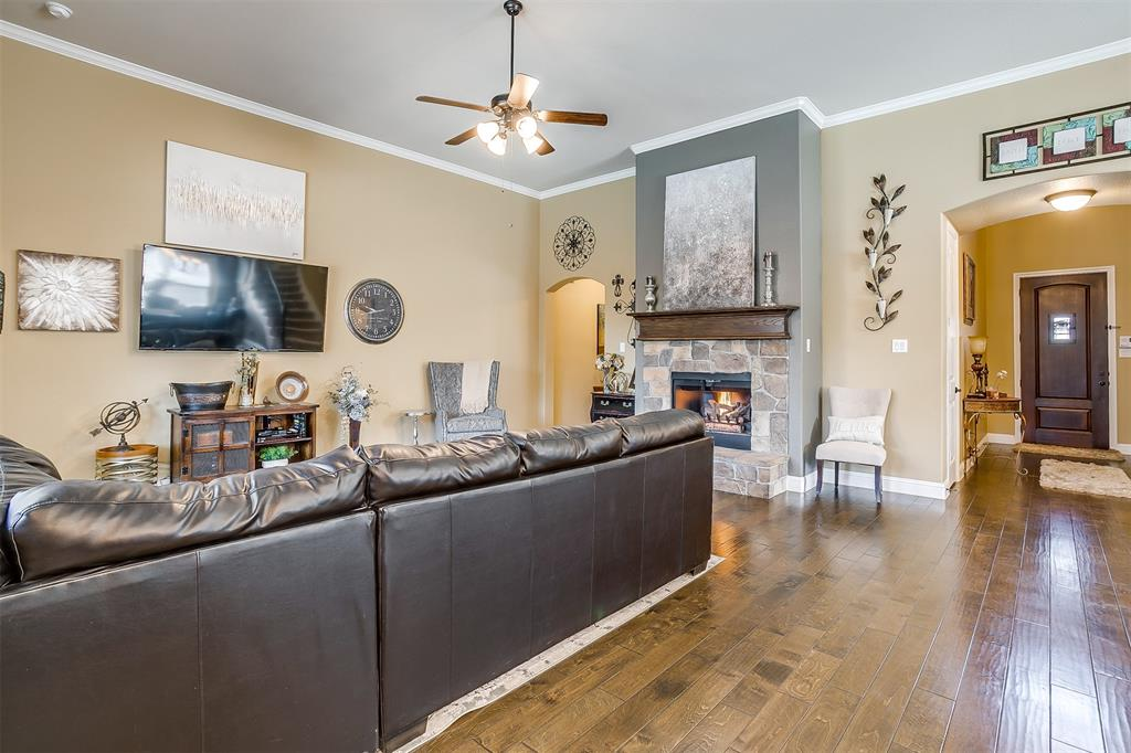 944 Merion Drive, Fort Worth, Texas 76028 - acquisto real estate best listing agent in the nation shana acquisto estate realtor