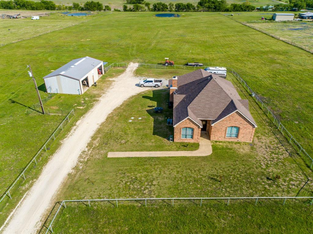 650 Fm 1182  Ennis, Texas 75119 - acquisto real estate best park cities realtor kim miller best staging agent