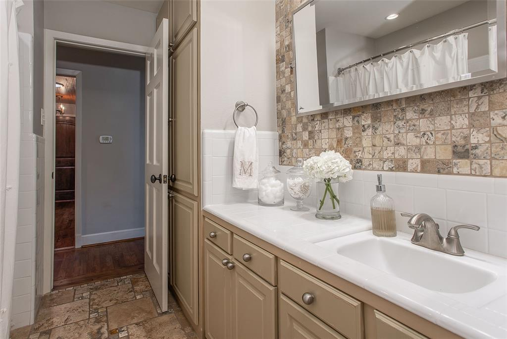 3125 Spanish Oak Drive, Fort Worth, Texas 76109 - acquisto real estate best realtor dfw jody daley liberty high school realtor