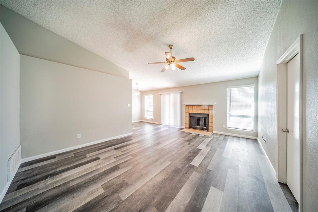 6230 Fernwood  Drive, Arlington, Texas 76001 - acquisto real estate best highland park realtor amy gasperini fast real estate service