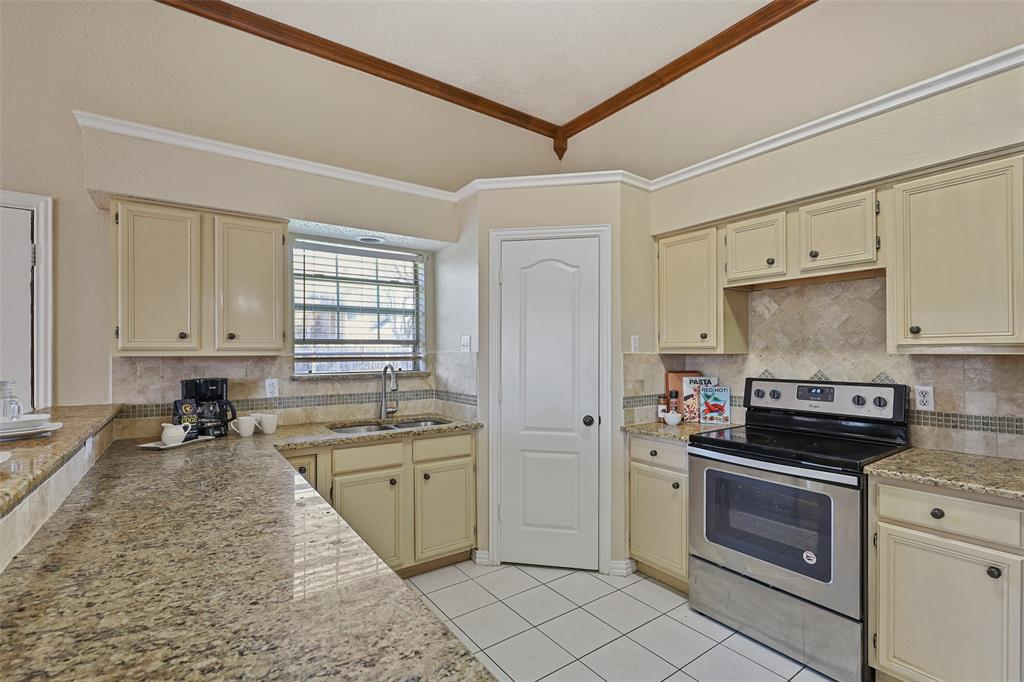 604 Austin Drive, DeSoto, Texas 75115 - acquisto real estate best real estate company in frisco texas real estate showings