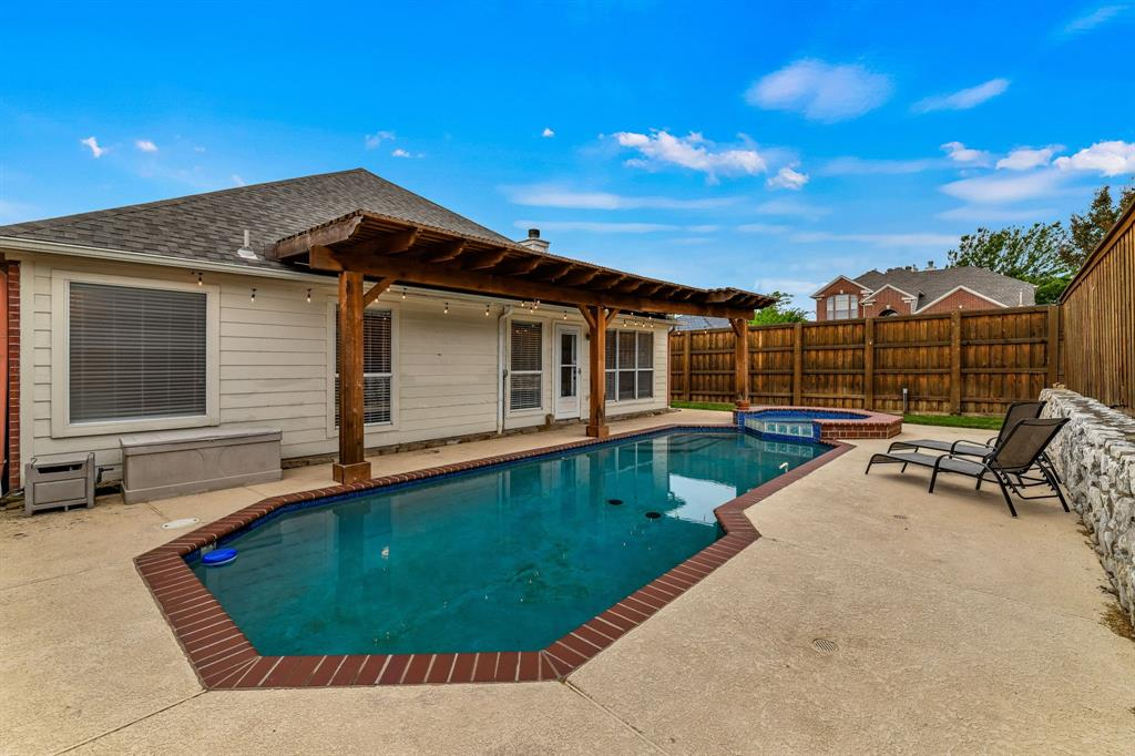 4601 Parkview  Lane, Fort Worth, Texas 76137 - acquisto real estate best the colony realtor linda miller the bridges real estate