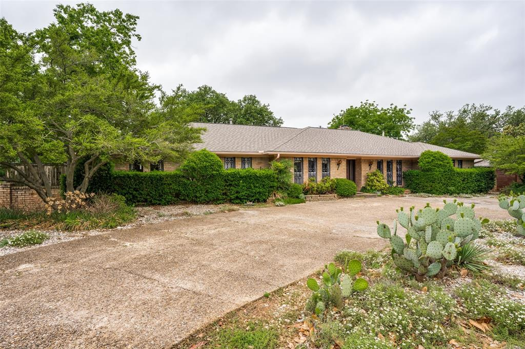3882 Regent  Drive, Dallas, Texas 75229 - Acquisto Real Estate best plano realtor mike Shepherd home owners association expert