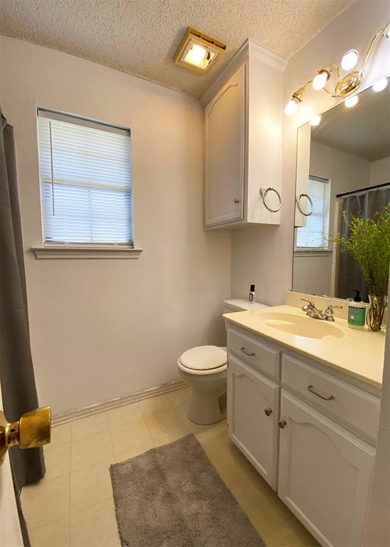 805 Elm  Street, Ennis, Texas 75119 - acquisto real estate best designer and realtor hannah ewing kind realtor