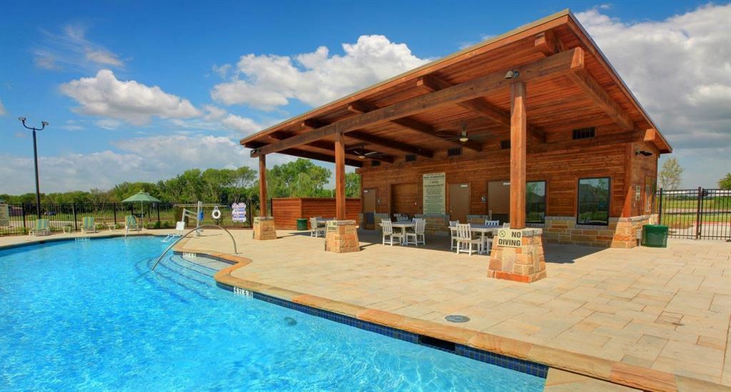 1900 Tomahawk Trail, Aubrey, Texas 76227 - acquisto real estate best new home sales realtor linda miller executor real estate