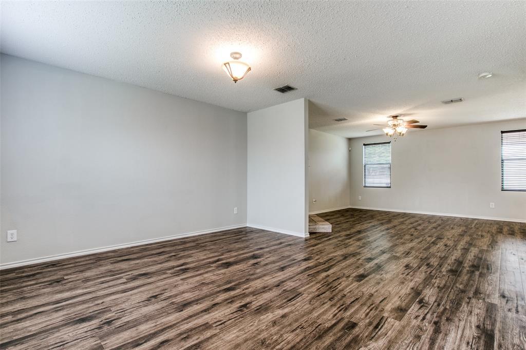 1724 Rialto  Way, Fort Worth, Texas 76247 - acquisto real estate best allen realtor kim miller hunters creek expert