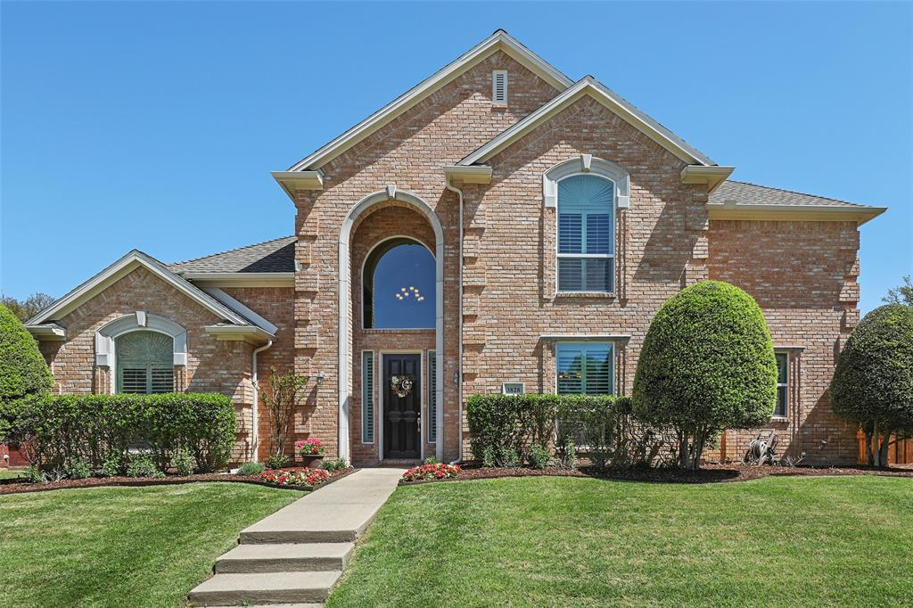 3828 Peppertree  Drive, Carrollton, Texas 75007 - Acquisto Real Estate best plano realtor mike Shepherd home owners association expert