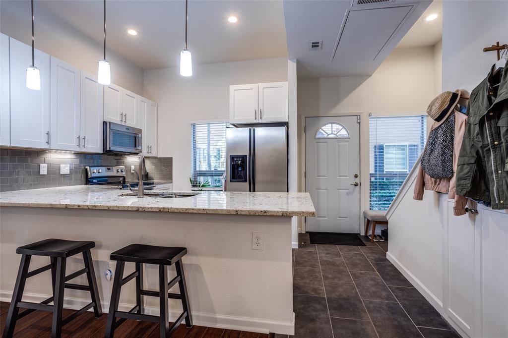 4025 Holland Avenue, Dallas, Texas 75219 - acquisto real estate best new home sales realtor linda miller executor real estate