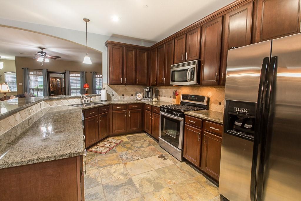 6884 Regello  Drive, Frisco, Texas 75034 - acquisto real estate best listing agent in the nation shana acquisto estate realtor