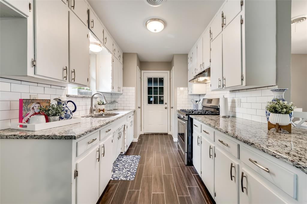 3417 Tangle Terrace, Dallas, Texas 75233 - acquisto real estate best celina realtor logan lawrence best dressed realtor