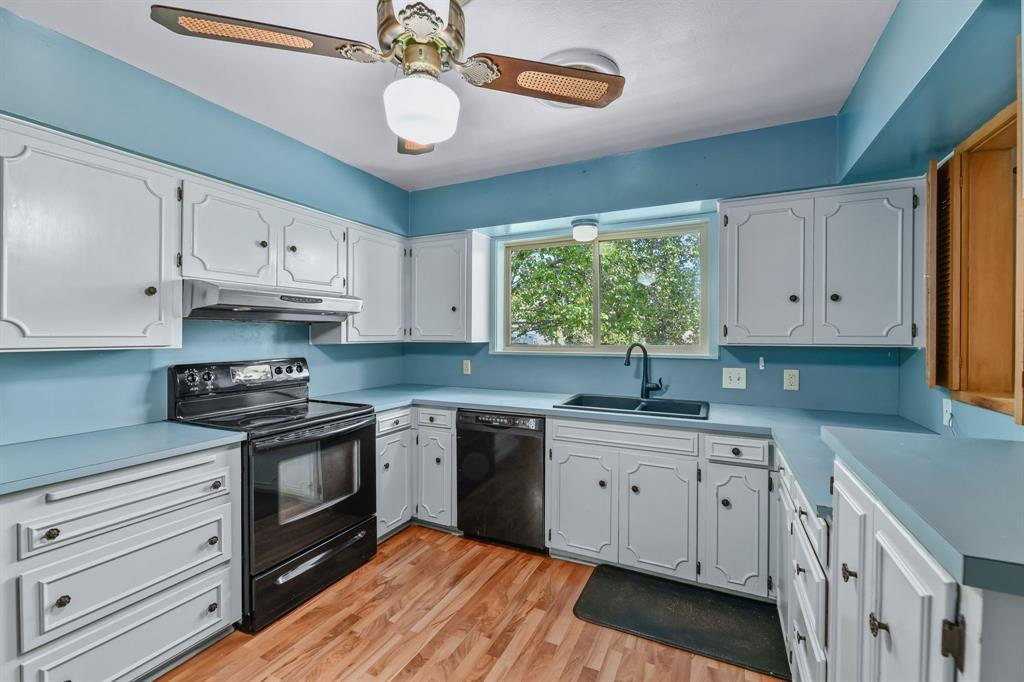 2428 Oakridge Street, Denton, Texas 76209 - acquisto real estate best flower mound realtor jody daley lake highalands agent of the year