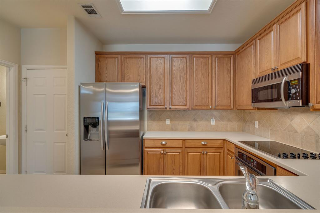 278 Legends Drive, Lewisville, Texas 75057 - acquisto real estate best real estate company to work for