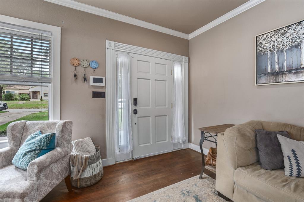 201 Pecan  Street, Terrell, Texas 75160 - acquisto real estate best prosper realtor susan cancemi windfarms realtor