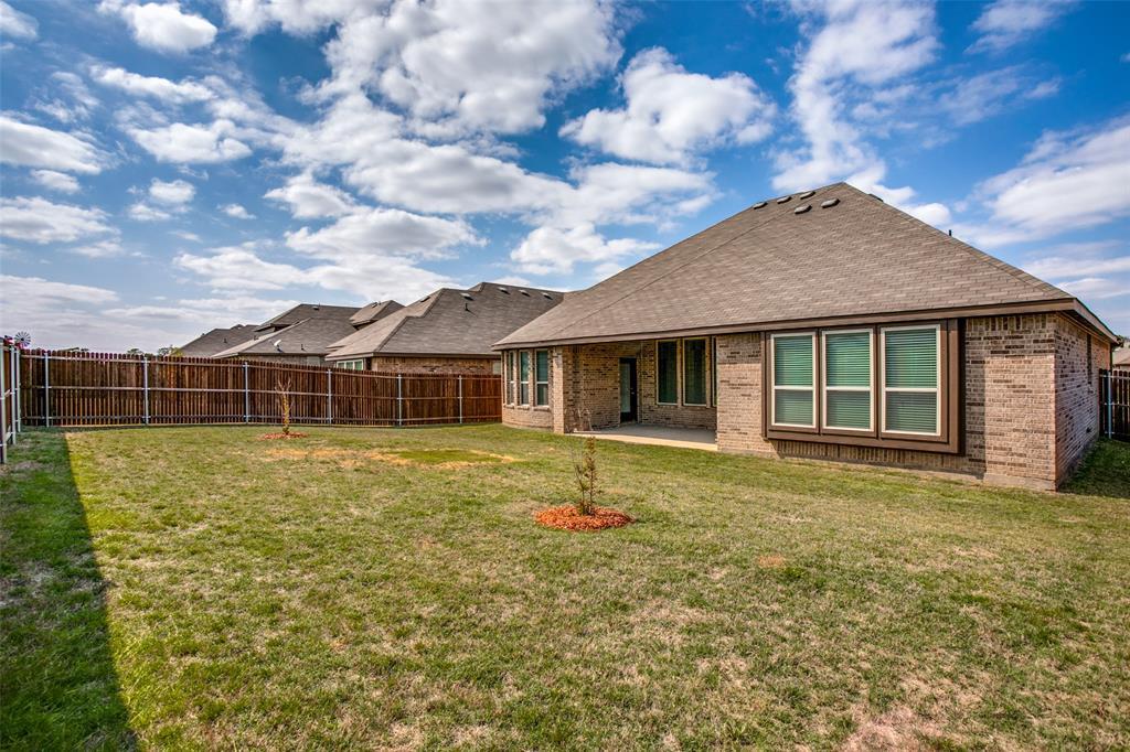 275 Ovaletta  Drive, Justin, Texas 76247 - acquisto real estate best realtor dfw jody daley liberty high school realtor