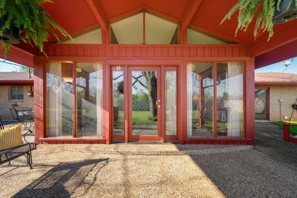 221 Laurel Lane, Fairfield, Texas 75840 - acquisto real estate mvp award real estate logan lawrence
