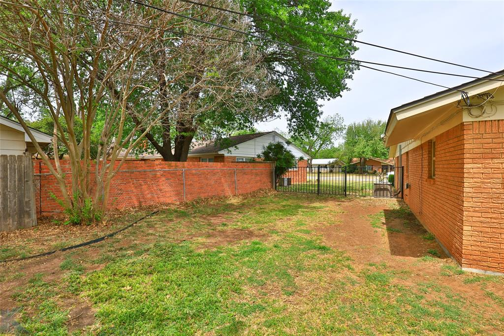 2215 Oakwood  Lane, Abilene, Texas 79605 - acquisto real estate nicest realtor in america shana acquisto